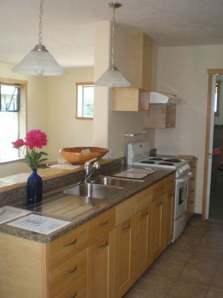 Fully Equipped Kitchen with Energy Star Appliances