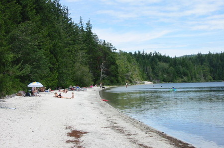 Hague Lake beach