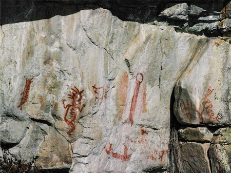 Pictograph - just north of Homfray Lodge.
