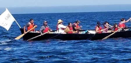 Tl'emtl'ems Canoe enroute to Tribal Journeys 2018