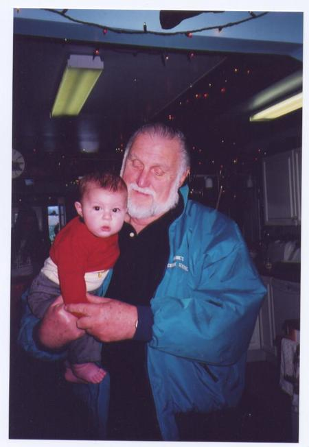 Joe with gr.grandson Duncan, Dec. 2008